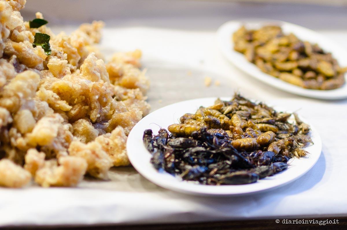 insetti fritti thailandia