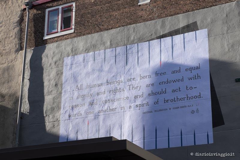 poesie sui muri leida