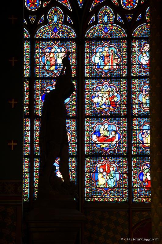 Le meravigliose vetrate di Notre Dame