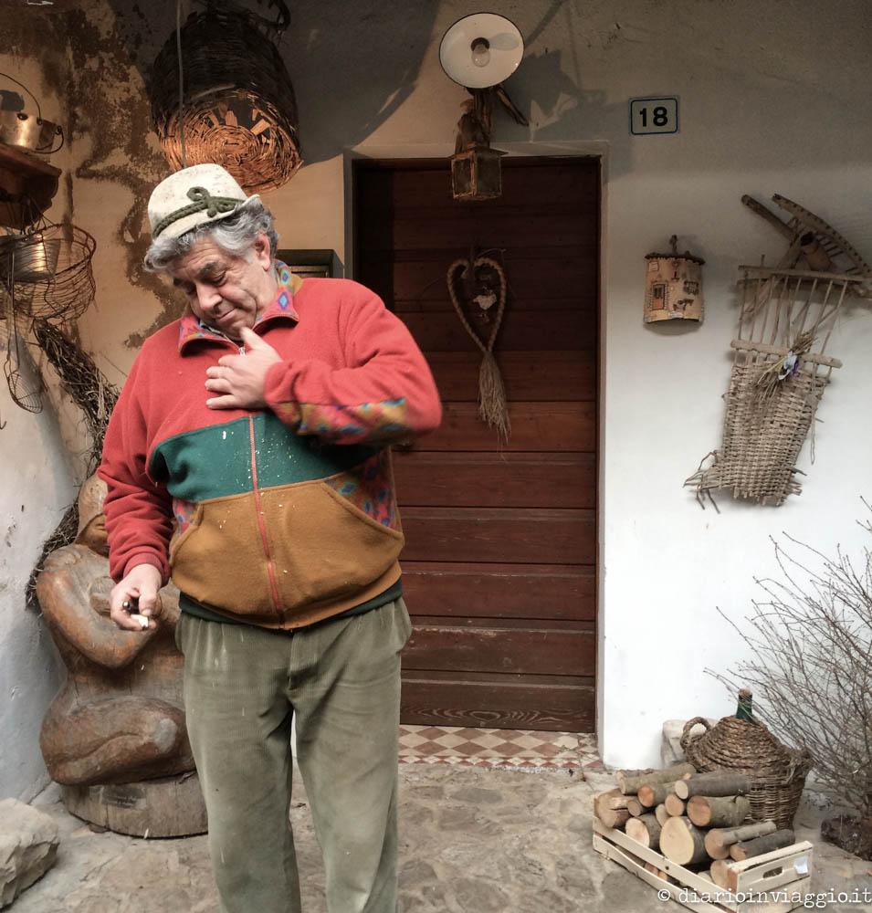 Artigiano al lavoro