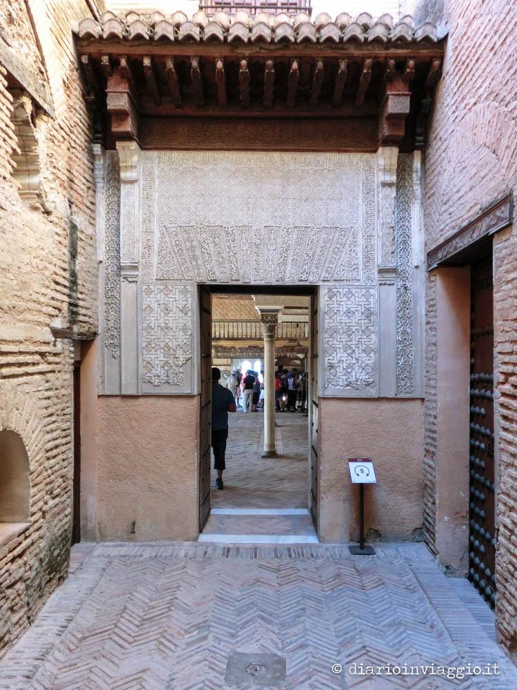 palacio nazarios alhambra di granada
