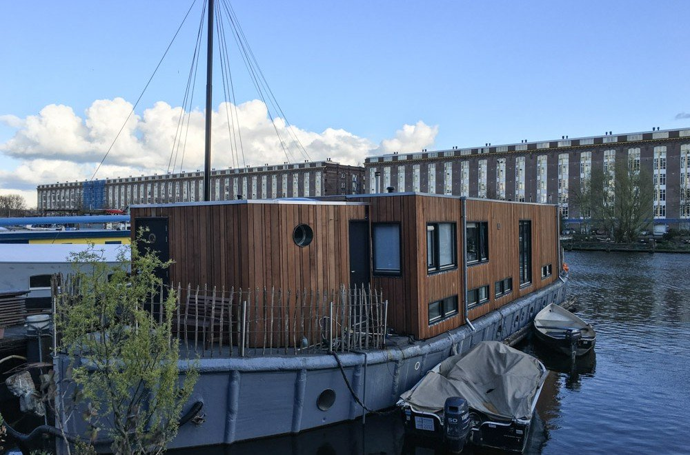 dormire in houseboat ad amsterdam