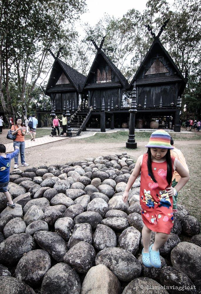black house baan dam chiang rai