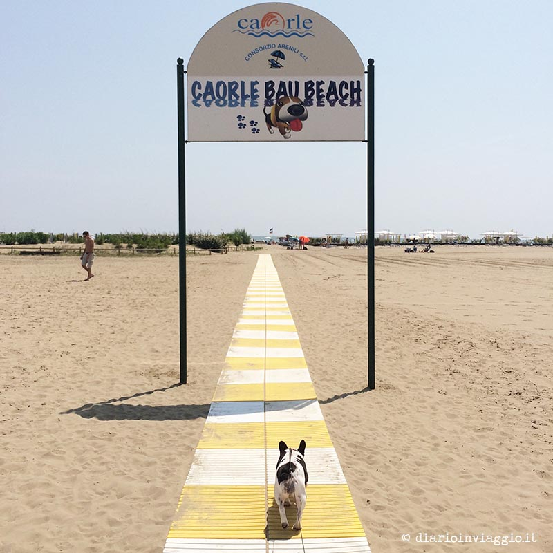 L'ingresso della Bau Beach di Caorle