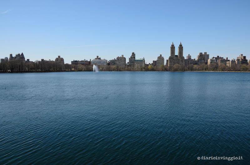 Il JKO Reservoir in mezzo a Central Park