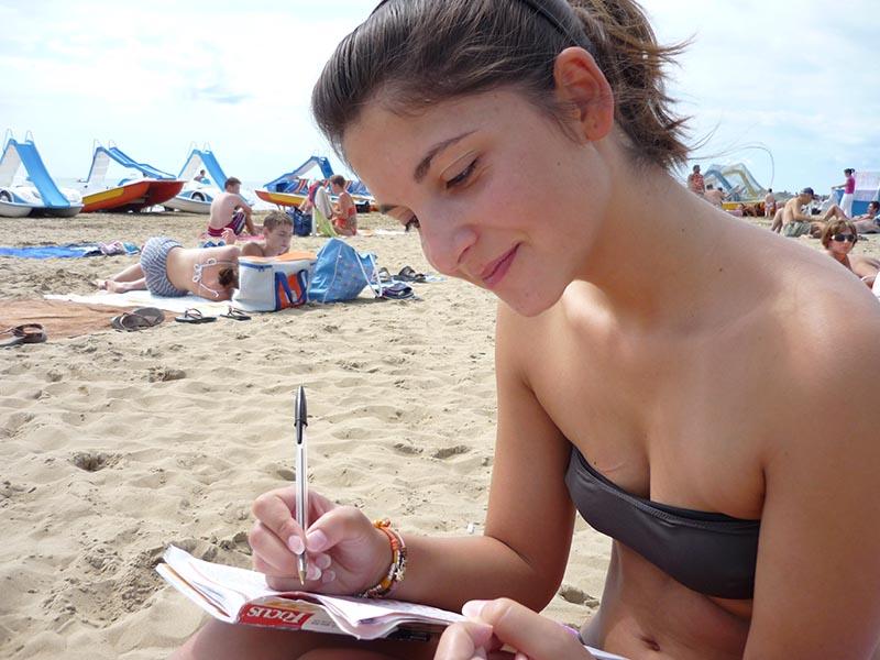 Parole crociate in spiaggia